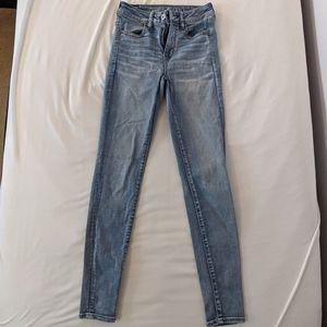 AEO mid-light wash skinny jeans